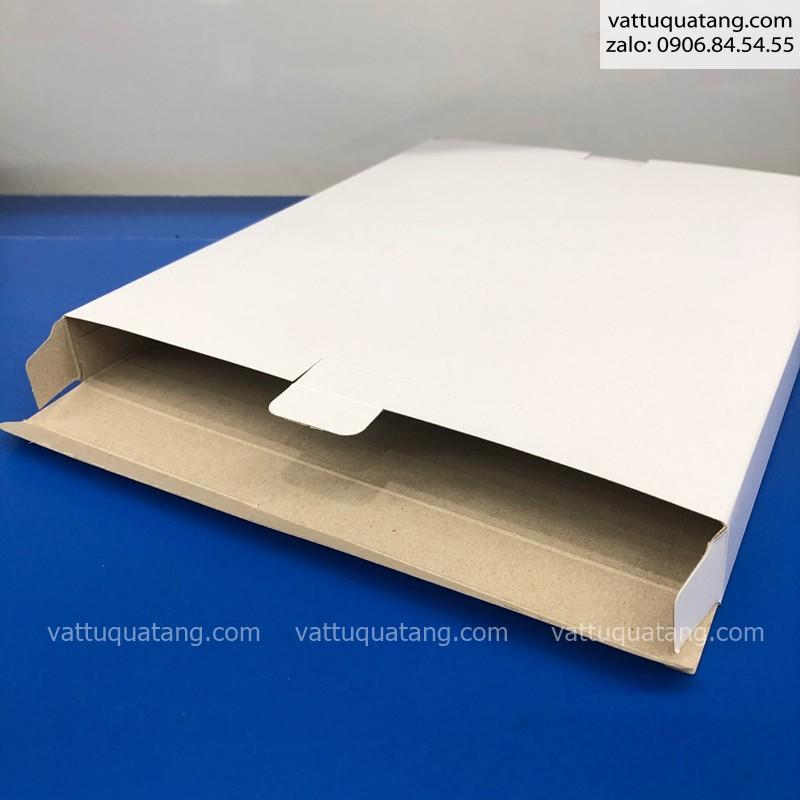 Hộp trắng 21×2.5×26 cm