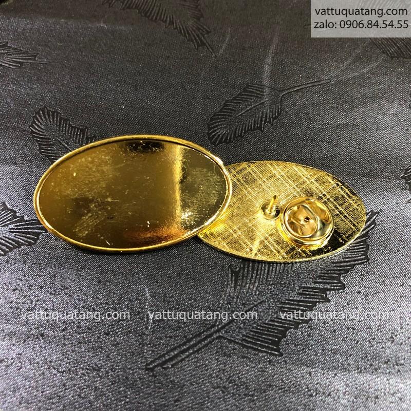 Phôi huy hiệu kim loại đổ keo oval – kim đính
